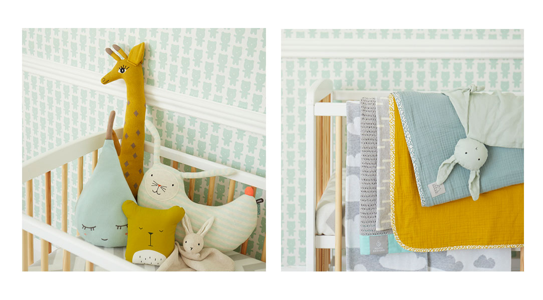KIDLY two tone cot and a range of blankets
