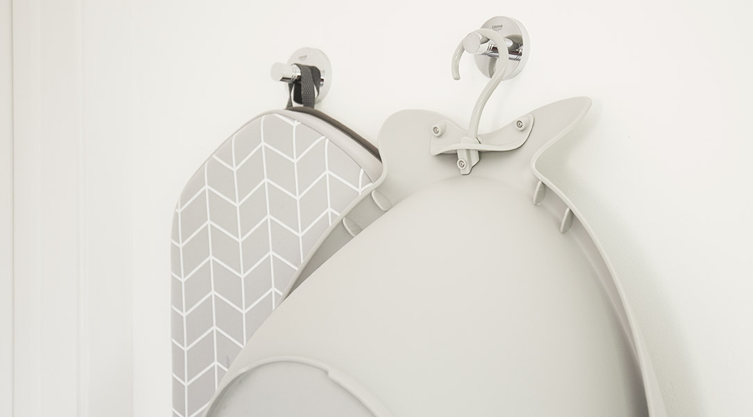 Hook up these space saving bath pieces