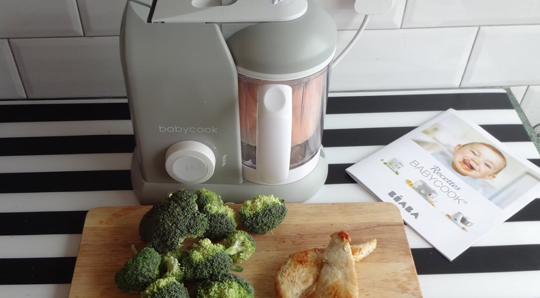 Beaba food processor with chicken and broccoli
