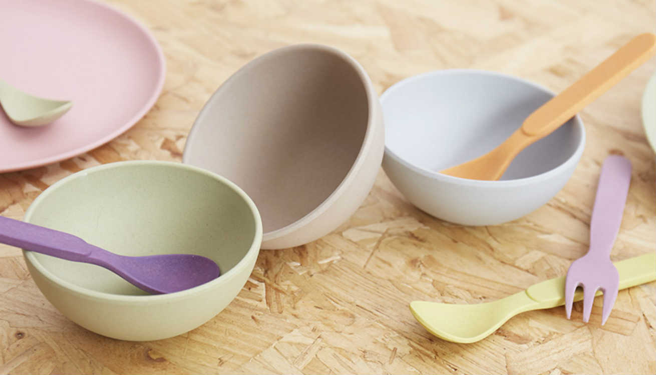 Bamboo dinnerware by Zuperzocial