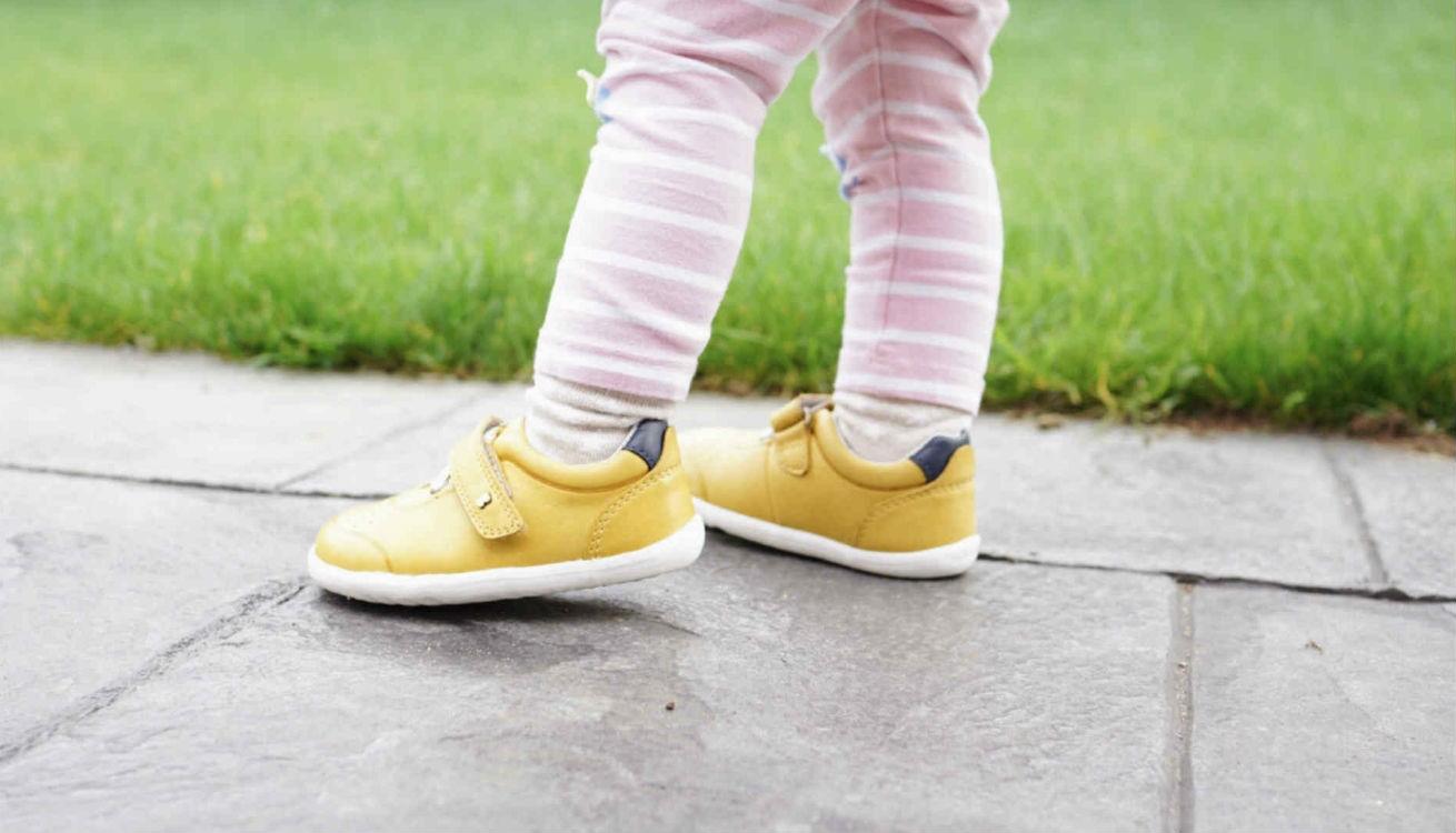 Toddler feet in Bobux