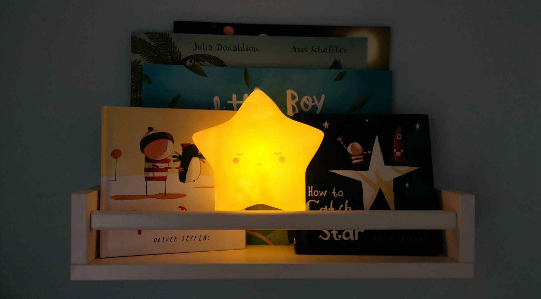 Lello Star Little Wall Tap Light