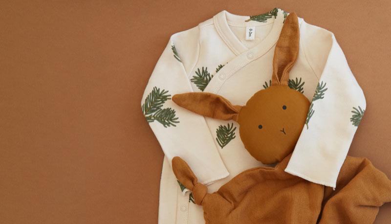 Organic Zoo Sleepsuit and Liewood Cuddle Cloth
