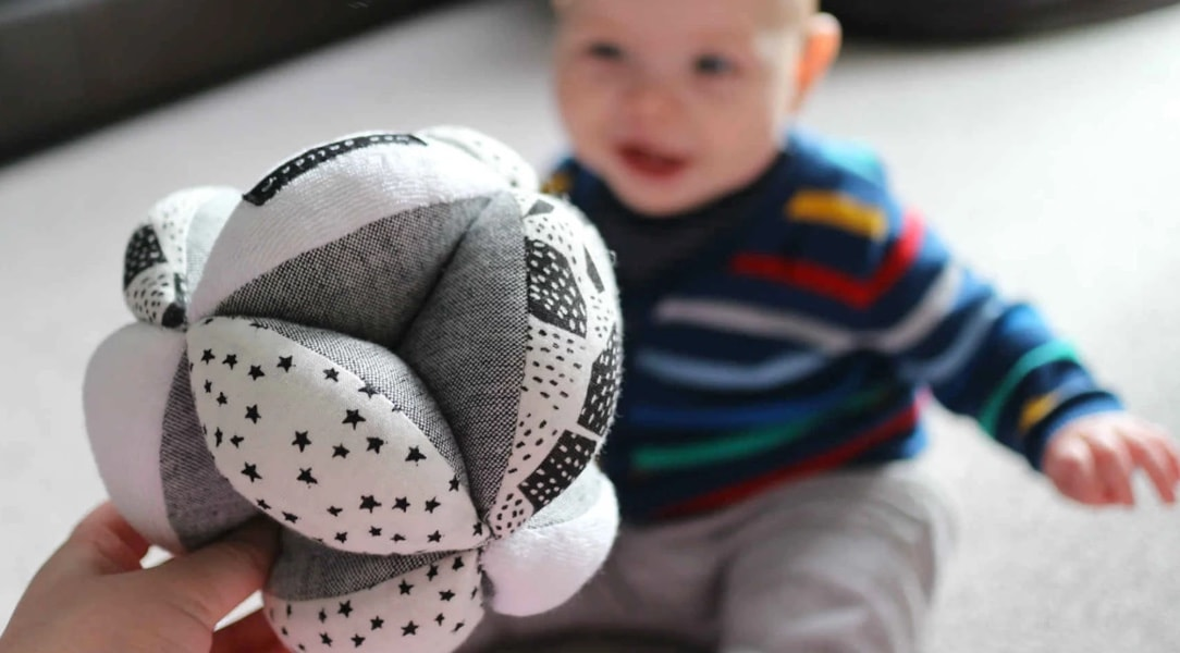 Wee Gallery Organic Puzzle Sensory Ball